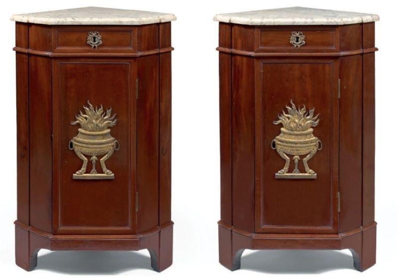 mobilier de marie antoinette au petit trianon. Black Bedroom Furniture Sets. Home Design Ideas