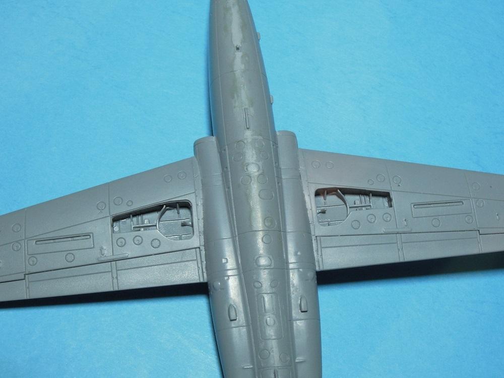 Fouga CM-175 Zéphyr-Spécial Hobby-1/72° (terminé) - Page 3 Dscn9519
