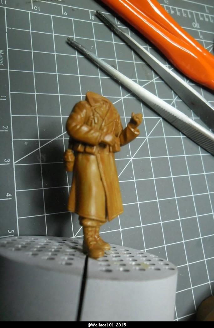 Bastogne 44 101 airborne 1/35 (Dragon 6163, Eduard TP500, Alliance Modelworks, Alpine) Acryliques, sous-couchage enamels. - Page 2 Sam_0771
