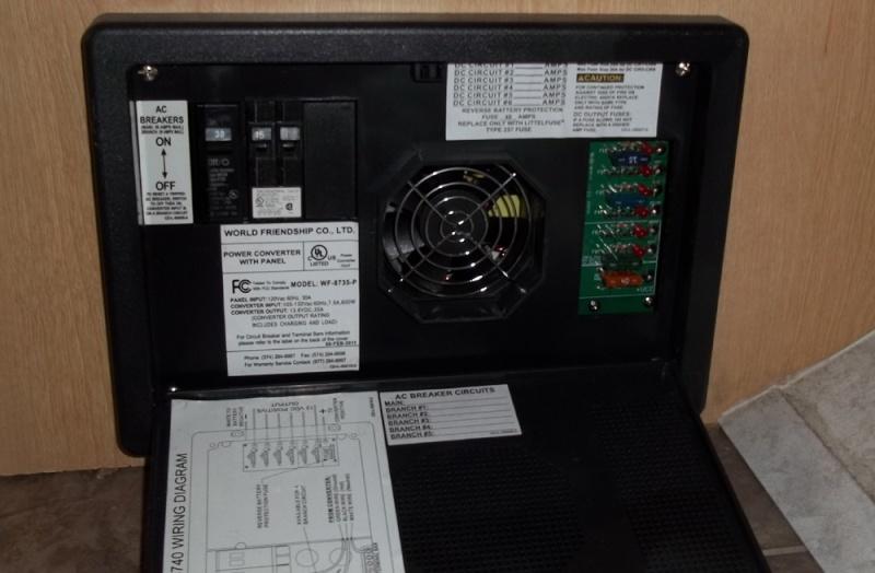 Le système AC de 120 volts de la roulotte   Etique10