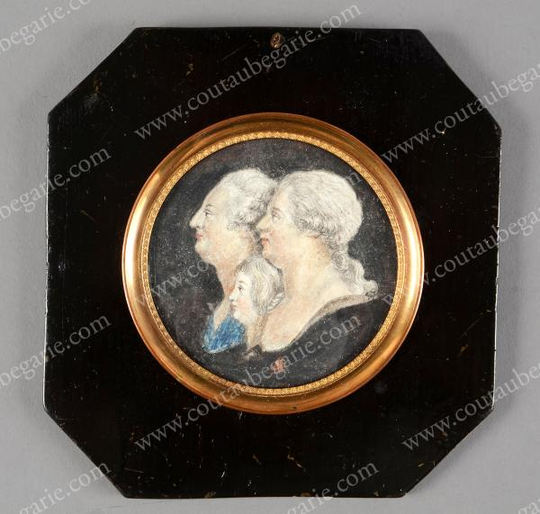Vente de Souvenirs Historiques - aux enchères plusieurs reliques de la Reine Marie-Antoinette - Page 3 14468911