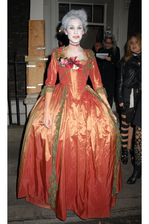 Marie Antoinette et Halloween Alexa-10