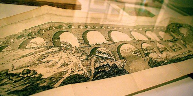 Le Pont du Gard dans tous ses états - La duchesse d'Angoulême à Nîmes Des-le10