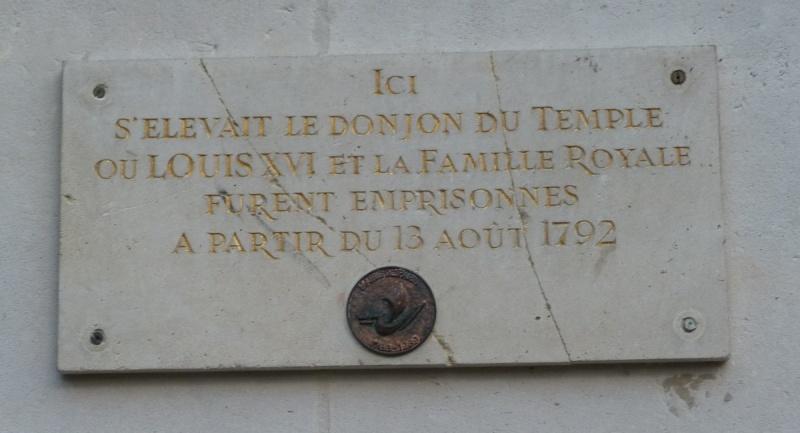 Remplacement de la plaque commémorative de la Mairie du IIIe Arrondissement Ob_1dd10