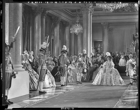 Marie Antoinette avec Norma Shearer (Van Dyke) - Page 9