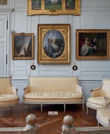 """""""La Vie de Château"""", Vente de plus de 500 Objets des Collections de Jean-Louis Remilleux à Digoine Zzzzzz25"""