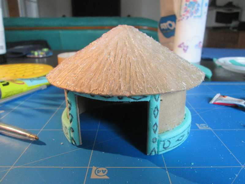 Essai de hutte africaine Hutte_10