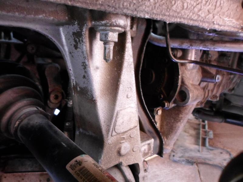 arbre - Remontage arbre à cames sur moteur M 96.23 Sam_0132