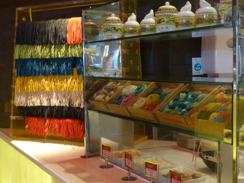 [TR Avril-mai 2018] Un voyage fou à Dubaï : des parcs, de la nourriture, du désert et un hôtel de luxe ! - Page 4 P1070435