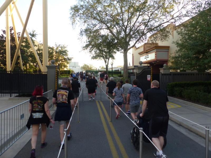 [Halloween 2018] Universal Studios, Disney Cruise Line dans les caraïbes et Gatorland - Page 2 P1120214