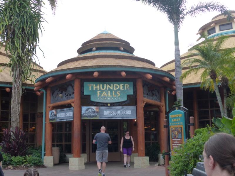 [Halloween 2018] Universal Studios, Disney Cruise Line dans les caraïbes et Gatorland - Page 3 P1120828