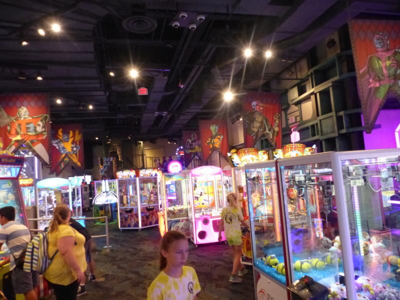 [Halloween 2018] Universal Studios, Disney Cruise Line dans les caraïbes et Gatorland - Page 3 P1130165