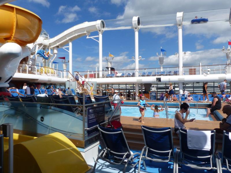 [Halloween 2018] Universal Studios, Disney Cruise Line dans les caraïbes et Gatorland - Page 5 P1130728