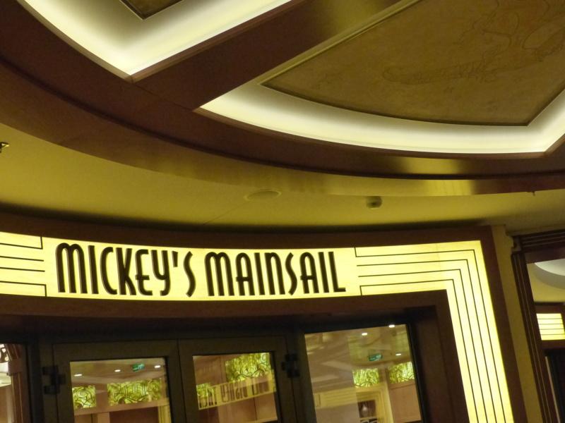 [Halloween 2018] Universal Studios, Disney Cruise Line dans les caraïbes et Gatorland - Page 6 P1130870