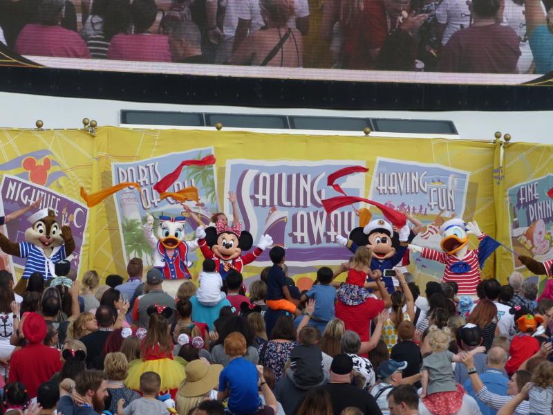 [Halloween 2018] Universal Studios, Disney Cruise Line dans les caraïbes et Gatorland - Page 6 P1140012
