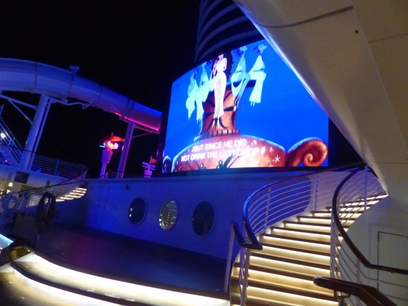 [Halloween 2018] Universal Studios, Disney Cruise Line dans les caraïbes et Gatorland - Page 6 P1140115
