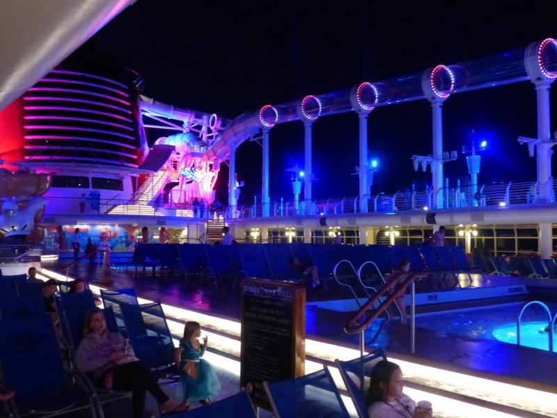 [Halloween 2018] Universal Studios, Disney Cruise Line dans les caraïbes et Gatorland - Page 6 P1140120