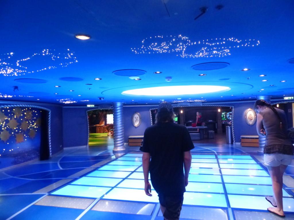 [Halloween 2018] Universal Studios, Disney Cruise Line dans les caraïbes et Gatorland - Page 10 P1150340