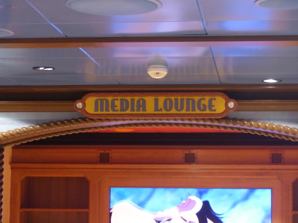 [Halloween 2018] Universal Studios, Disney Cruise Line dans les caraïbes et Gatorland - Page 11 P1150645