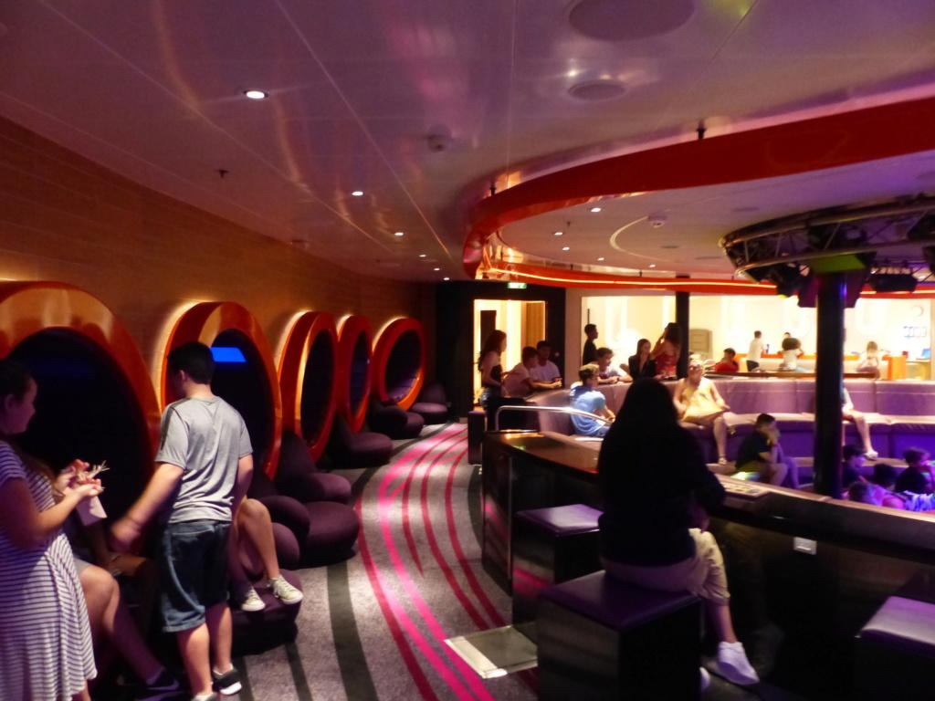 [Halloween 2018] Universal Studios, Disney Cruise Line dans les caraïbes et Gatorland - Page 11 P1150674