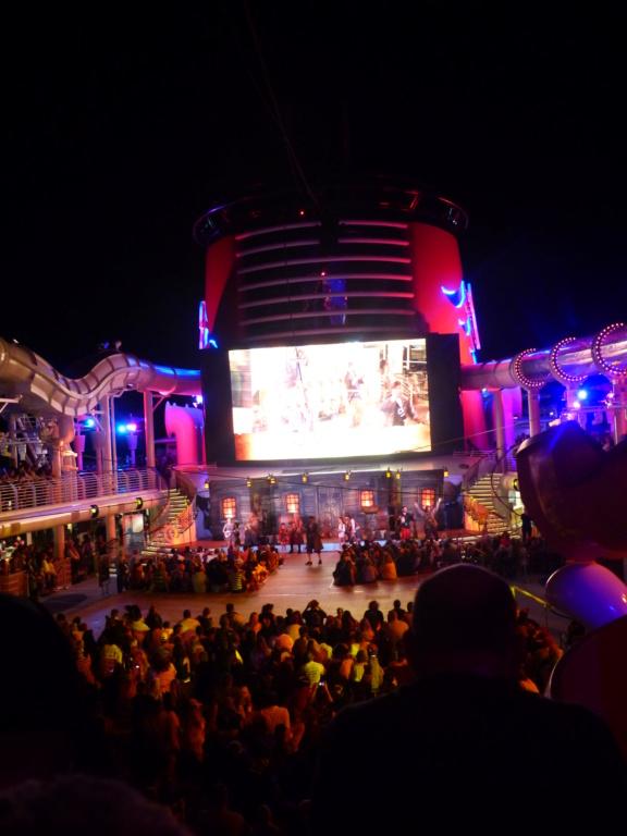 [Halloween 2018] Universal Studios, Disney Cruise Line dans les caraïbes et Gatorland - Page 12 P1160056