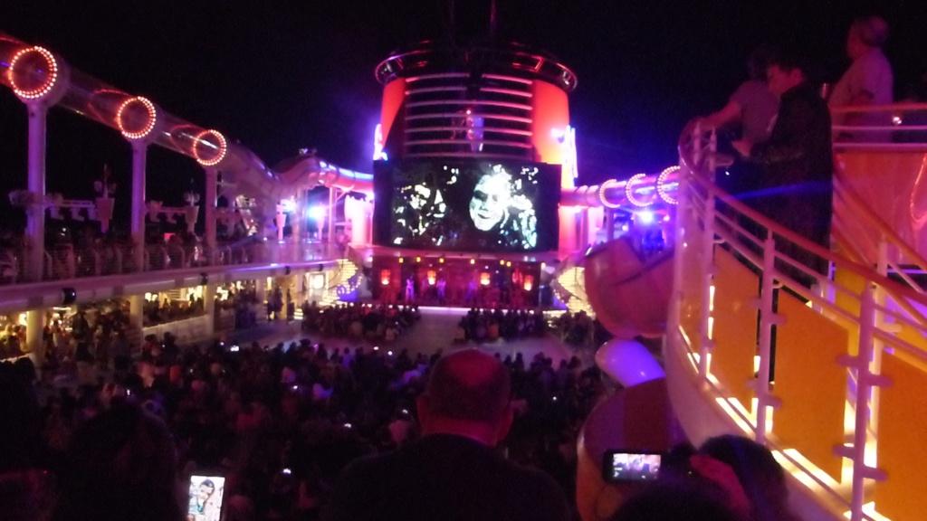 [Halloween 2018] Universal Studios, Disney Cruise Line dans les caraïbes et Gatorland - Page 12 P1160116