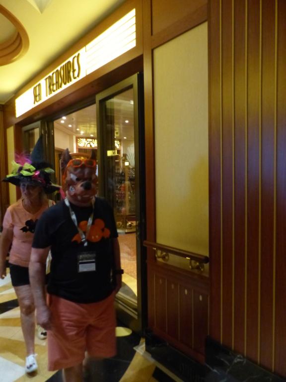 [Halloween 2018] Universal Studios, Disney Cruise Line dans les caraïbes et Gatorland - Page 12 P1160324