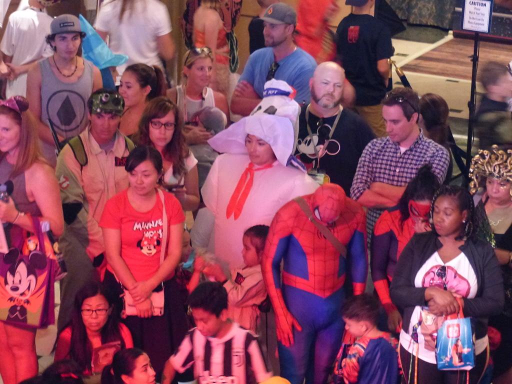 [Halloween 2018] Universal Studios, Disney Cruise Line dans les caraïbes et Gatorland - Page 12 P1160358