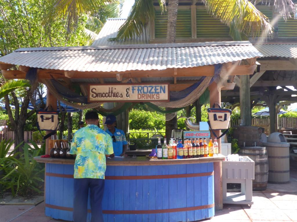 [Halloween 2018] Universal Studios, Disney Cruise Line dans les caraïbes et Gatorland - Page 13 P1160844