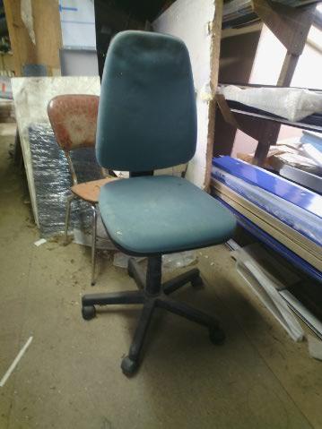 support chaise de bureau  Cid_6410