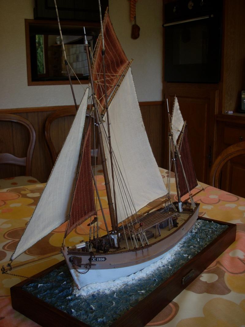 Dio : Thonier Marie-Jeanne en mer (Artesania Latina 1/50°) par chtanou Dscn1312