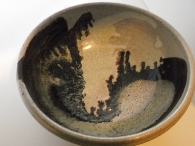 Stoneware bowl BMB 2012-011