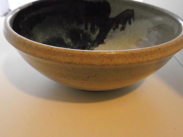 Stoneware bowl BMB 2012-012