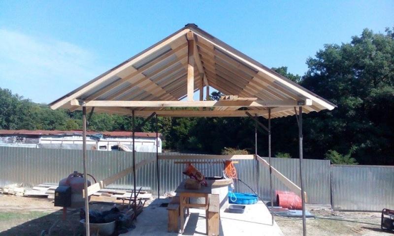 La construction du refuge a débuté - Page 2 Rm10