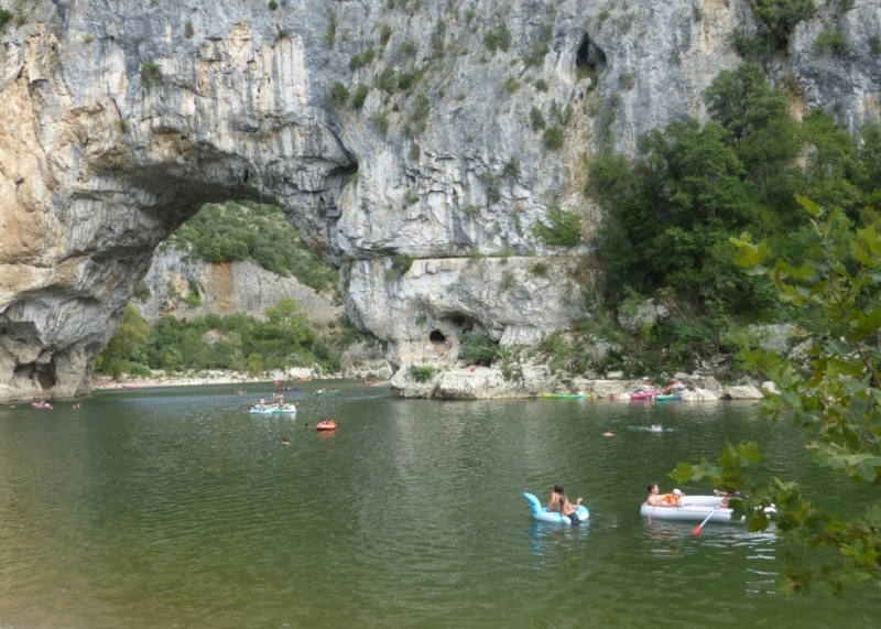 Ardèche. - Page 2 Ard_po11
