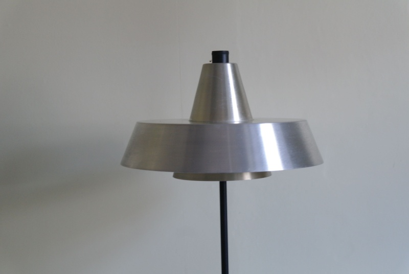 ID for aluminum lampshade circa 1970 Sam_8814