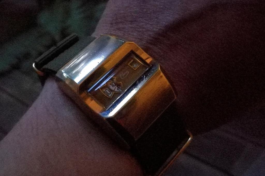 Votre montre du jour - Page 20 Img_2013