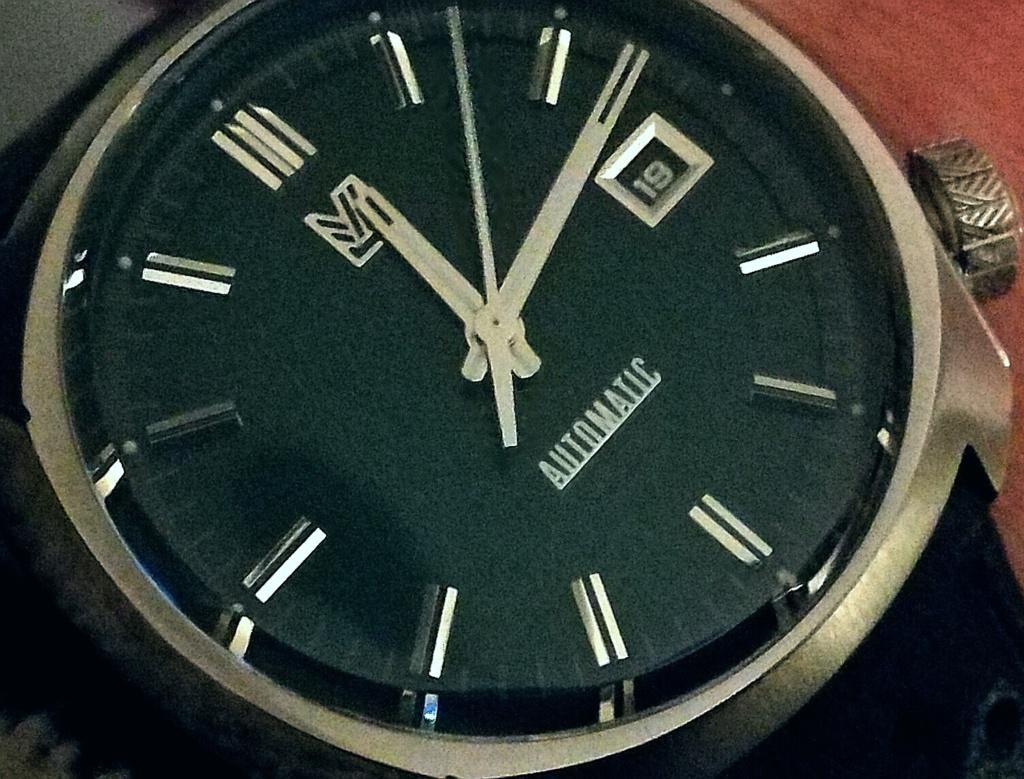 Votre montre du jour - Page 31 Img_2143