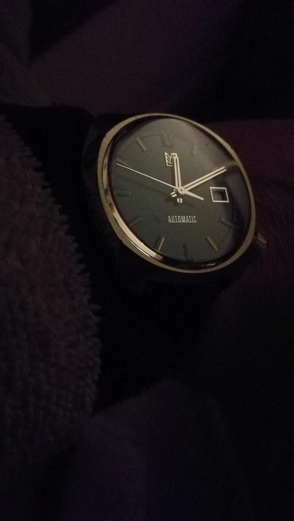 Votre montre du jour Img_2181