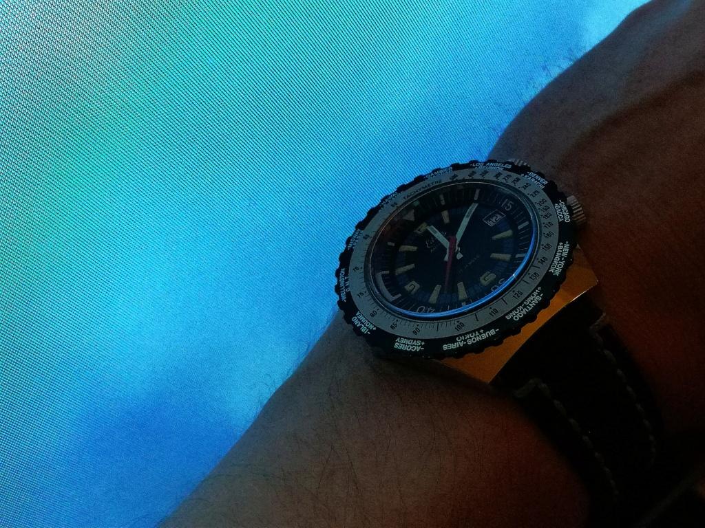 Votre montre du jour - Page 2 Img_2194