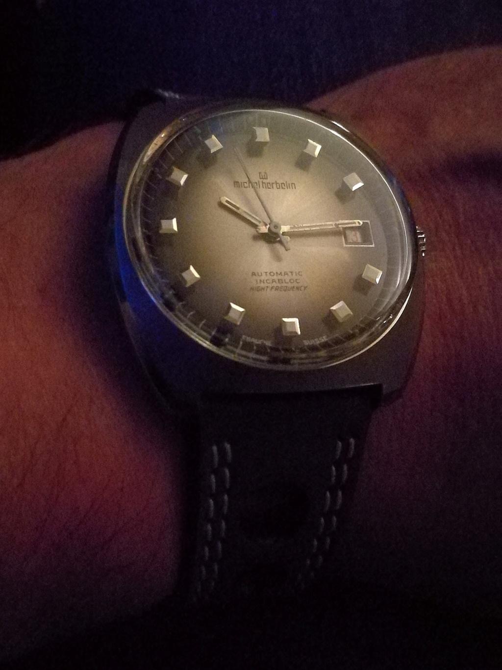 Votre montre du jour - Page 2 Img_2211