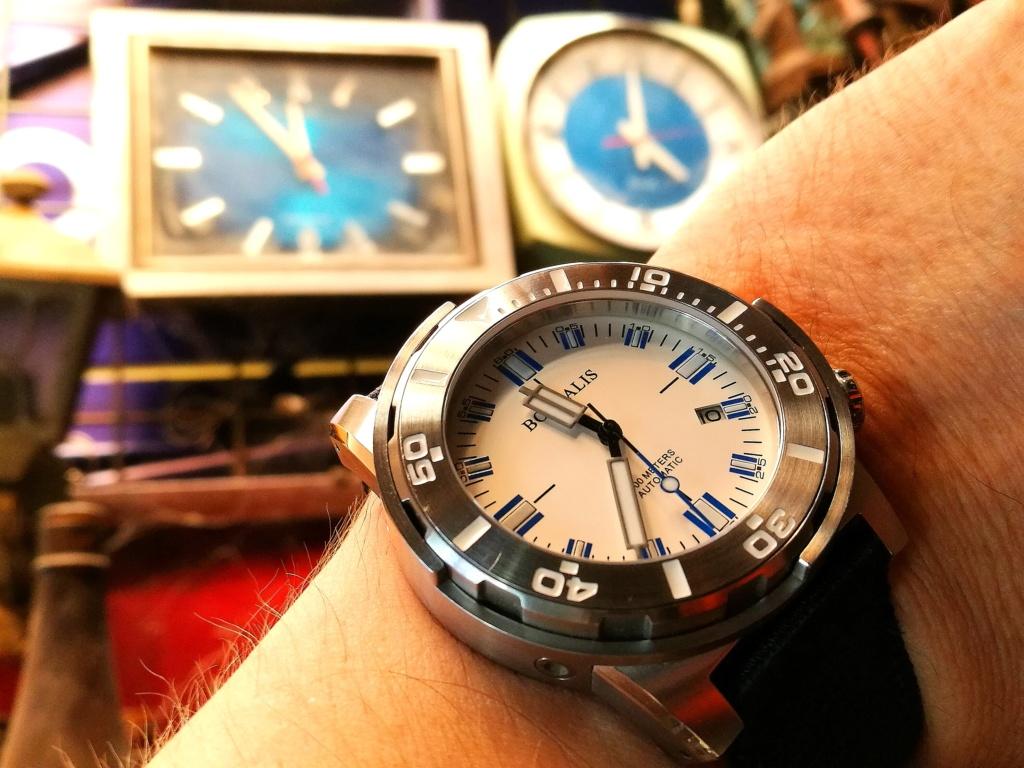 Votre montre du jour - Page 6 Img_2275