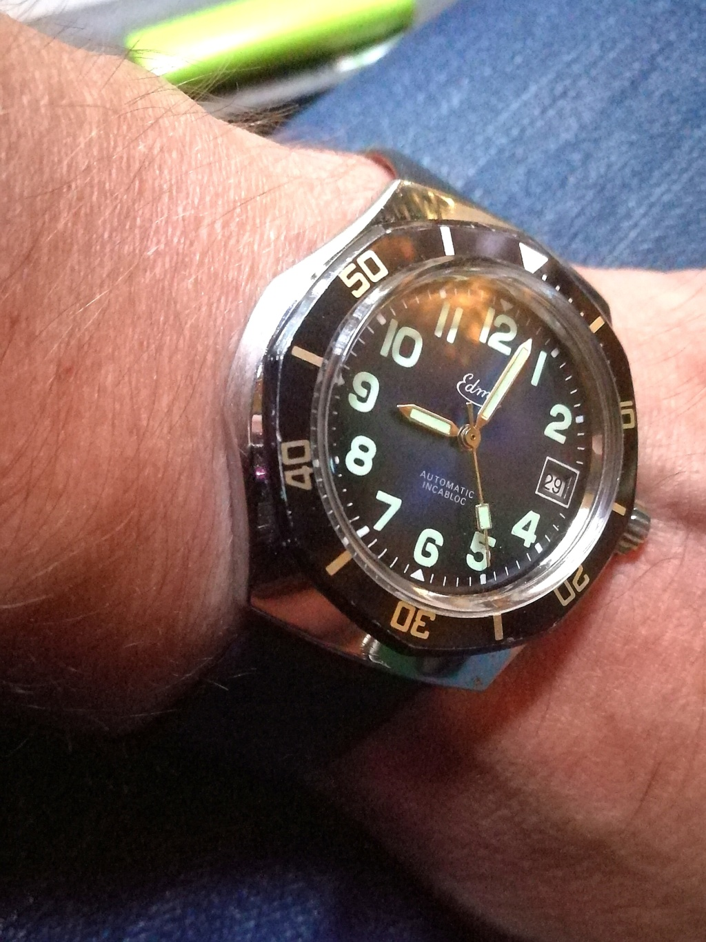 Votre montre du jour - Page 7 Img_2286