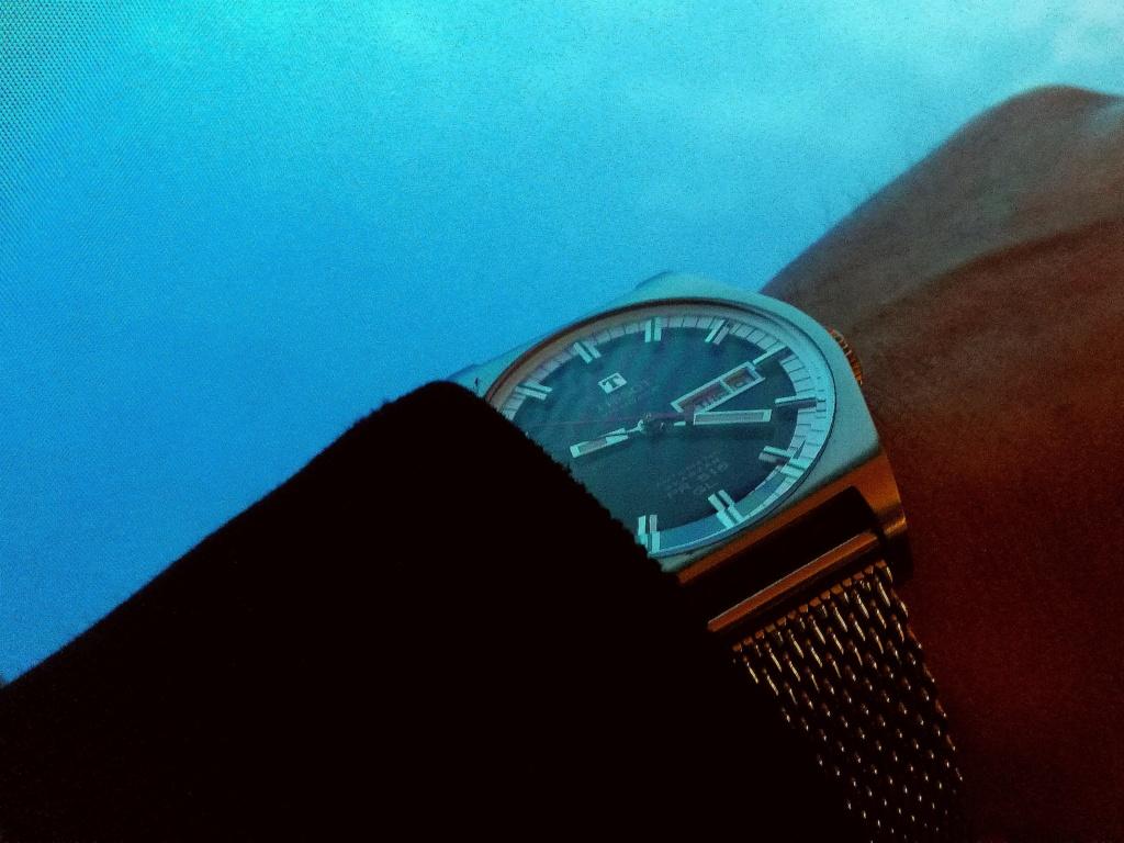 Votre montre du jour - Page 29 Img_2316