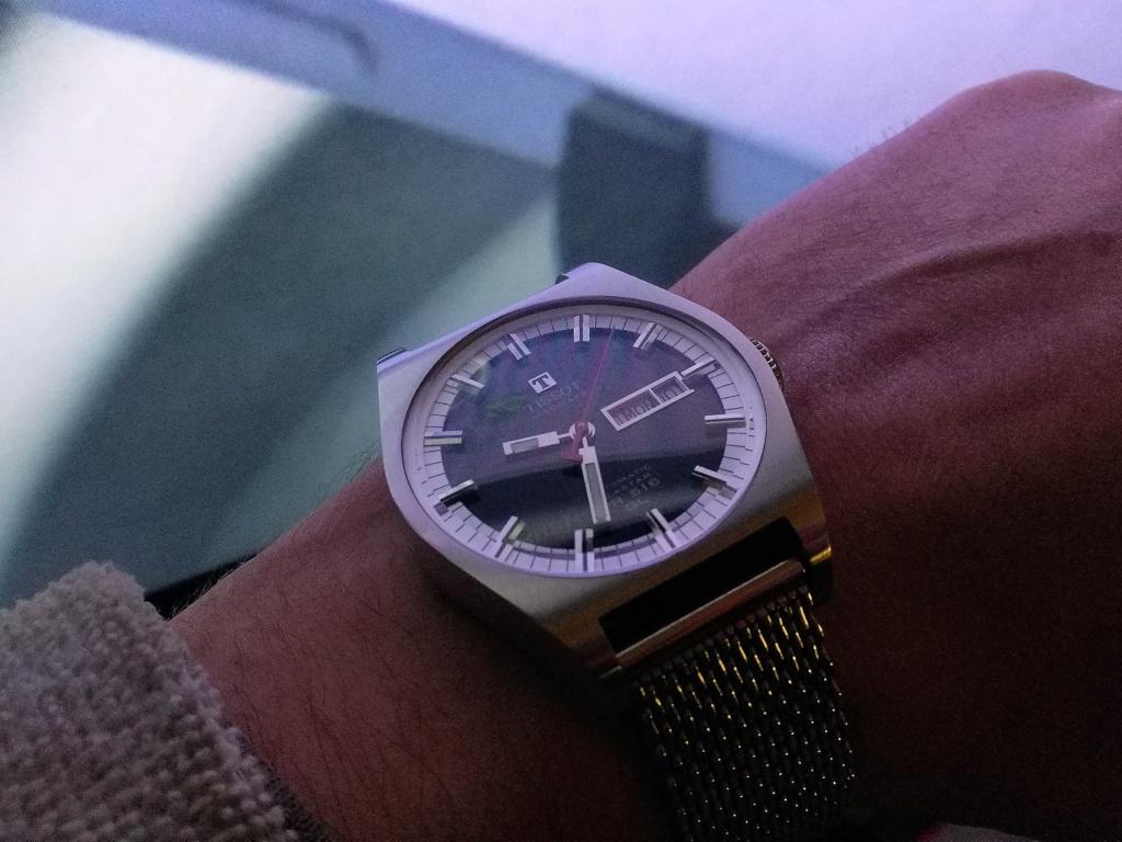 Votre montre du jour - Page 2 Img_2358
