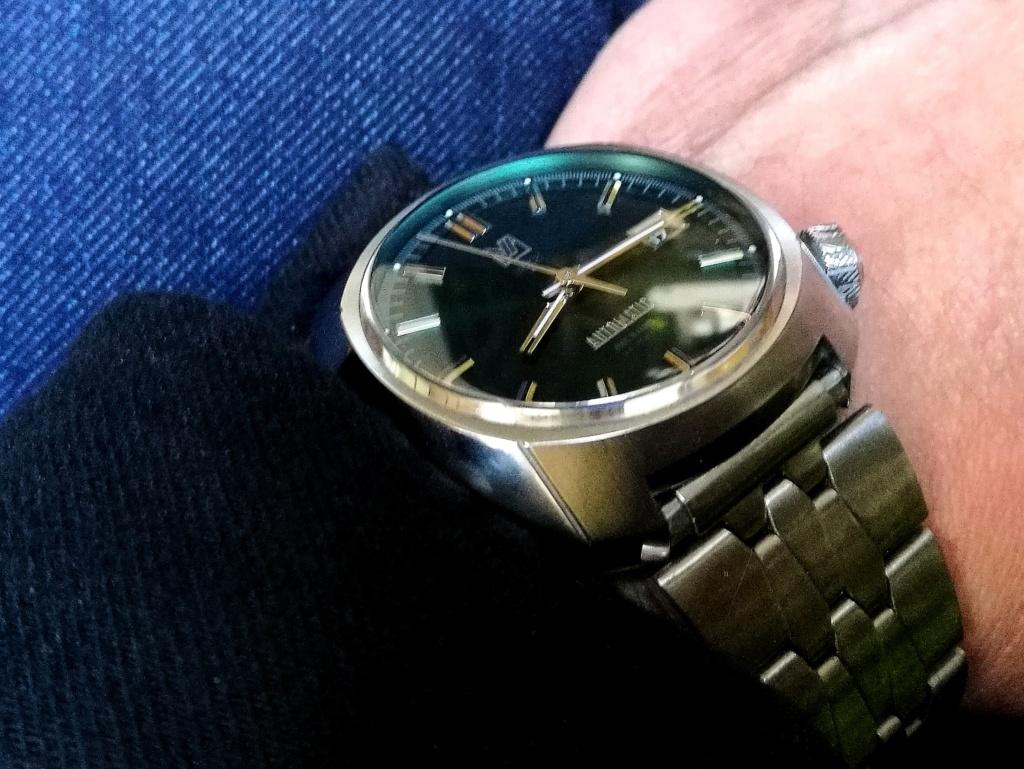 Votre montre du jour - Page 3 Img_2364