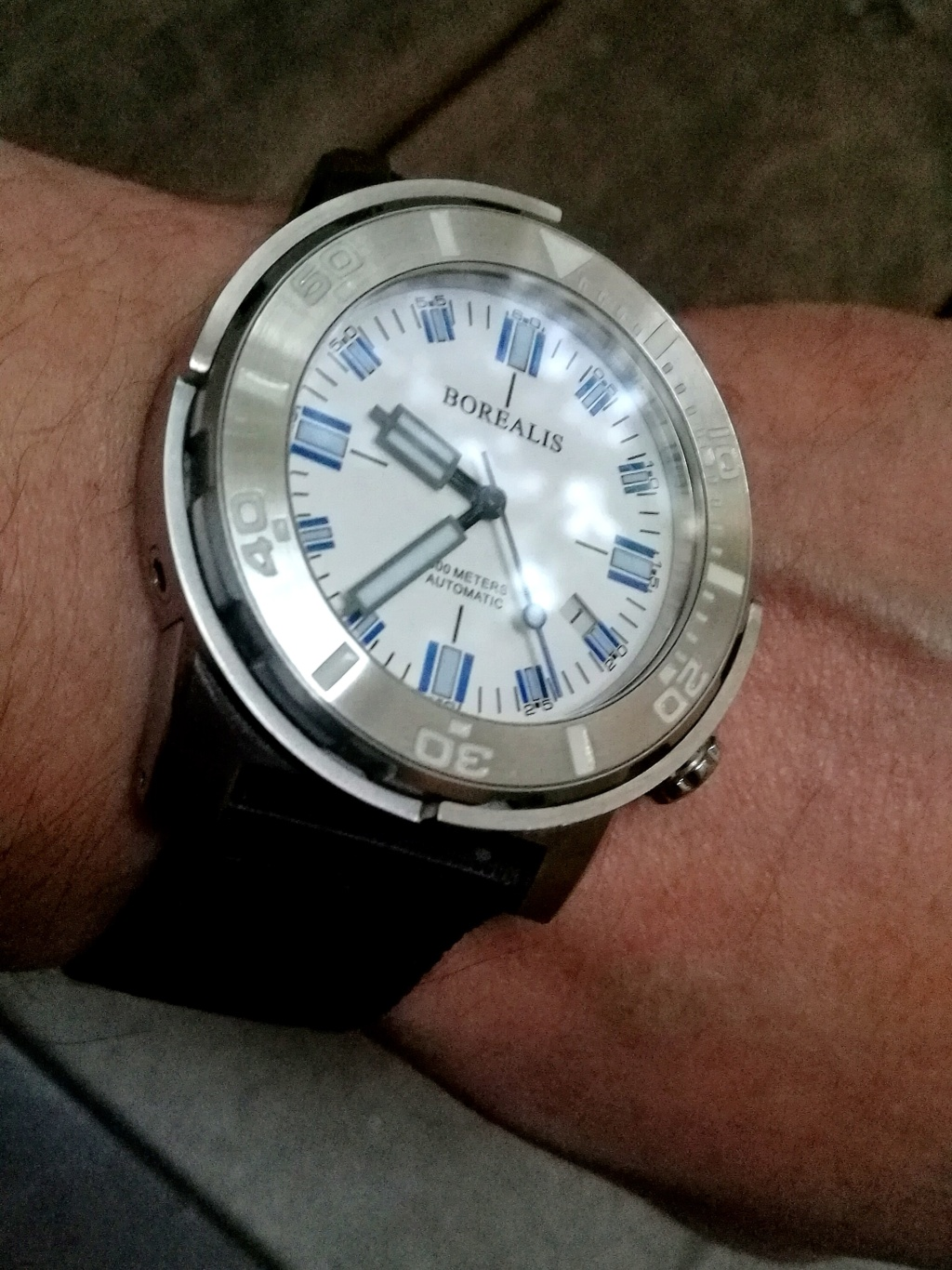 Votre montre du jour - Page 4 Img_2370