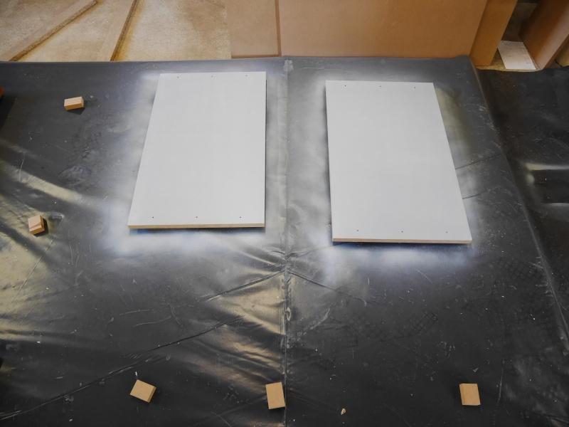 Construction d'un établi simple et pratique - Page 2 P1050310