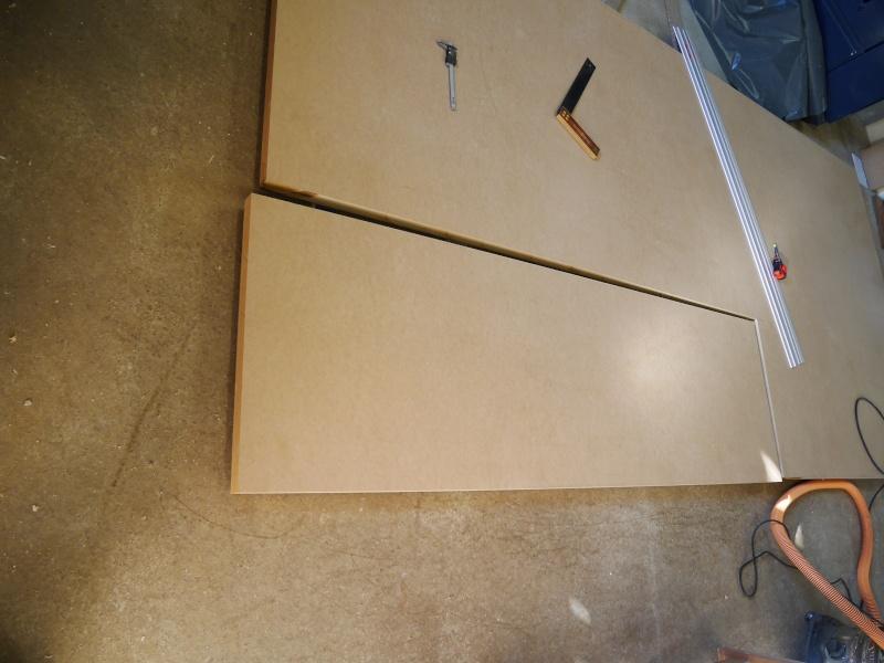 Construction d'un établi simple et pratique - Page 2 P1050315
