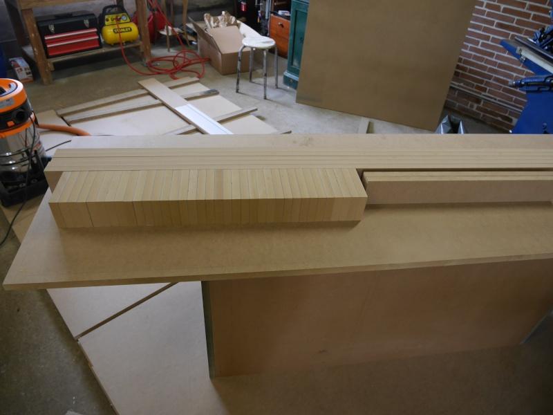 Construction d'un établi simple et pratique - Page 2 P1050321